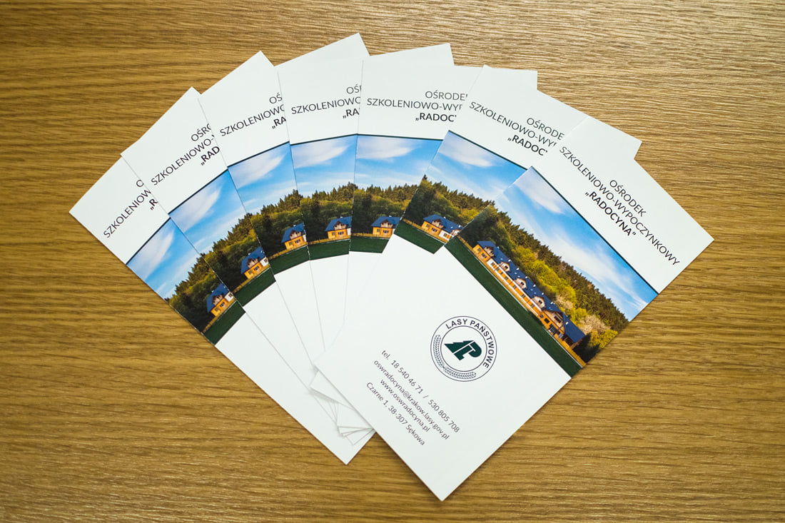 6-page leaflets with key tourist attractions nearby the centre